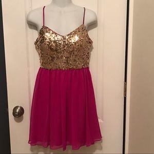 Adrianna Papel Juniors size 5/6 mini dress